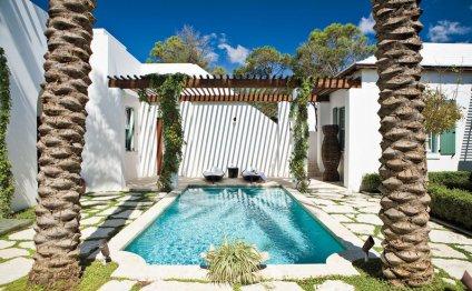 Blissful Pool