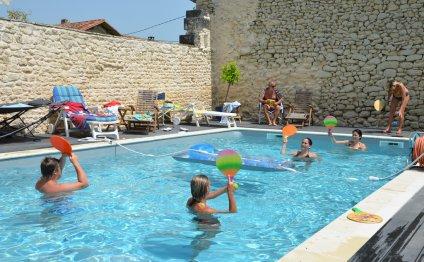 Saltwater-swimming-pool