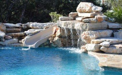 """Swimming Pools (Drank)"""