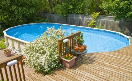 Closing above ground pool