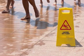 fundamental Spanish pool and summer swimming safety advice